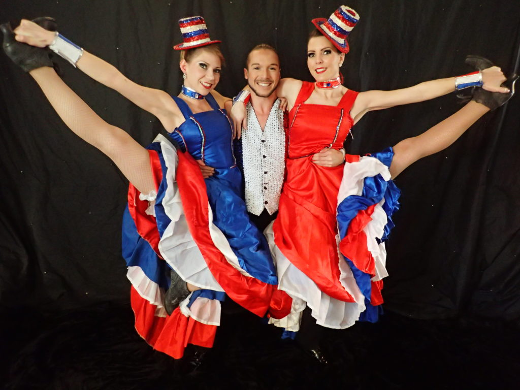 danseurs french cancan