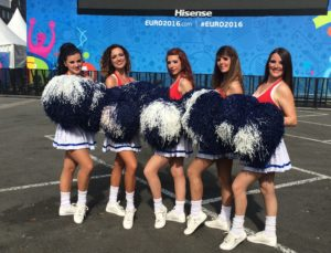 pom-pom-girls-crazyprod