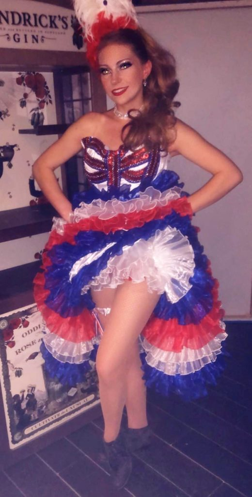 french cancan danseuse